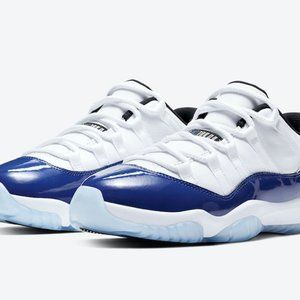 Air Jordan11 white and blue low top Kang buckle